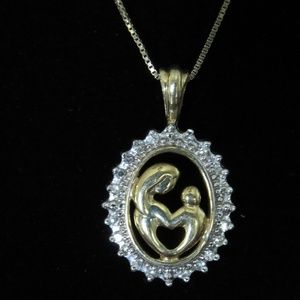 14 kt Gold Mother and Child Necklace